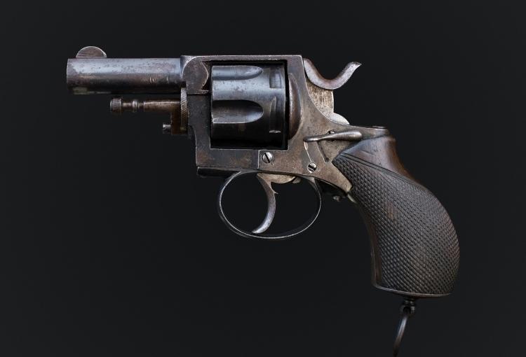 sold - 6 SHOT, .320 REVOLVER OF WEBLEY TYPE - sold