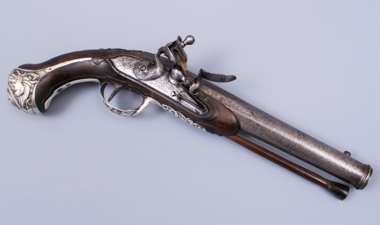FRENCH SILVER MOUNTED FLINTLOCK PISTOL SIGNED 'CASSAIGNARD A NANTES' - sold